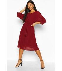 geplooide midi-jurk met vleermuismouwen en knoopriem, berry