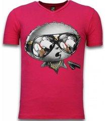 stewie dog - t-shirt