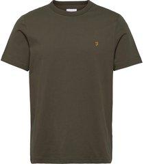 dennis ss tee t-shirts short-sleeved grön farah