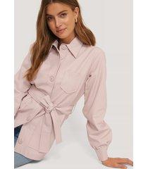 na-kd trend balloon sleeve tied waist pu jacket - pink