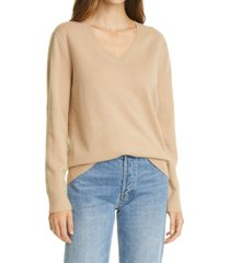 women's vince weekend v-neck cashmere sweater, size small - brown
