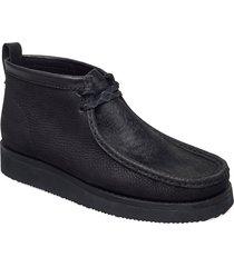 wallabee hike desert boots snörskor svart clarks originals