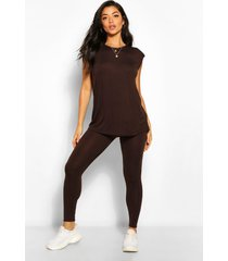 shoulder pad t-shirt and legging co-ord