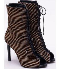 open boot couro zebrina preta