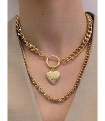 collar con colgante de corazón de oro