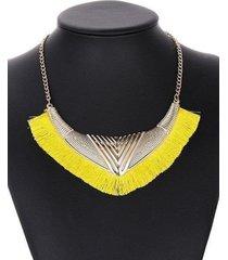 collar flecos amarillo