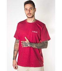 camiseta manga curta lakau viagem vermelha