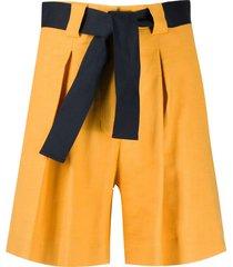 eleventy belted bermuda shorts - yellow