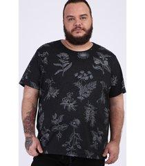 camiseta masculina plus size destampada floral manga curta gola careca preta