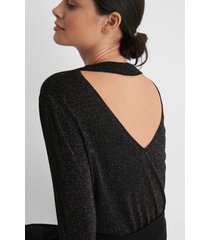 na-kd stickad tröja med öppen rygg - black
