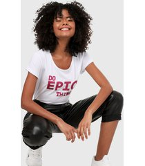 camiseta blanco-fucsia paris district