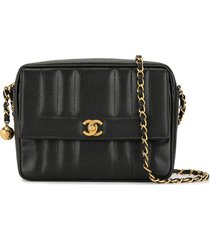 chanel pre-owned 1995 vertical quilt shoulder bag - black