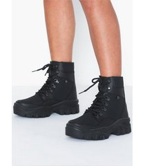 nly shoes true love sneaker boot flat boots svart