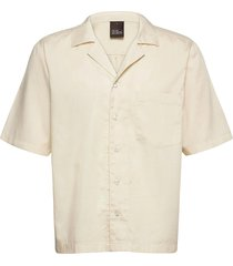 hilmer reg shirt wash kortärmad skjorta beige oscar jacobson