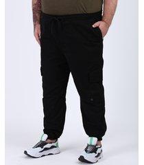 calça de sarja em moletom masculina plus size jogger cargo preta