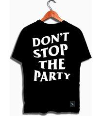 camiseta dont stop the party mandrac preta estampa costas - preto - masculino - algodã£o - dafiti
