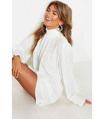 gesmokte jurk met met geplooide hals en manchetten, wit