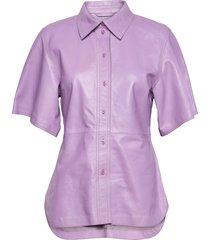 alivia shirt kortärmad skjorta lila stand studio