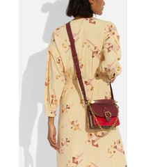 coach new york women's cny canvas signature gusset beat shoulder bag 18 - tan electric red multi