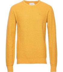henri structure knit stickad tröja m. rund krage gul les deux