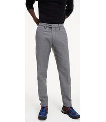 tommy hilfiger men's tapered fit stretch chino pewter grey - 36/36