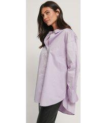 na-kd reborn recycled oversize skjorta med ficka - purple