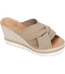 gentle souls by kenneth cole women's eylssa braid 2 sandals women's shoes
