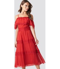 trendyol shoulder strap lace midi dress - red