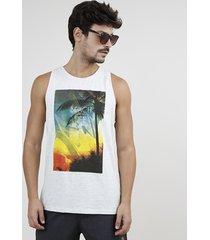 """regata masculina """"beach life"""" gola careca cinza mescla claro"""