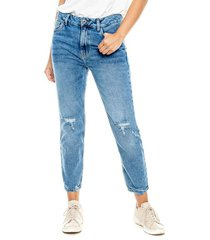 mom jeans con algodón reciclado y lavandería ecológica color blue