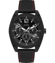 wielofunkcyjny zegarek z ozdobnymi szwami