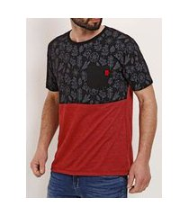 camiseta manga curta masculina no stress preto/vermelho