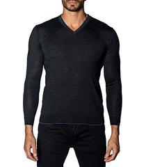 trim-fit v-neck lightweight sweater