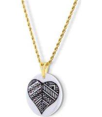 pingente medalha com coração preto e branco design medalhas - unissex
