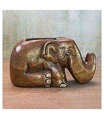 wood card holder, 'elephant sits down' (thailand)