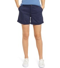 caslon(r) rolled cuff twill shorts, size 0 in navy indigo at nordstrom