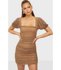 missguided mesh puff sleeve mini dress fodralklänningar