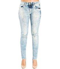 calça jeans destonada leve destroyedskinny detalhe 3d colcci