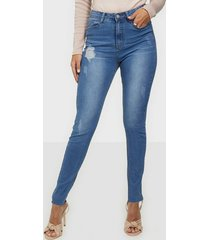 missguided sinner clean distressed skinny jeans skinny
