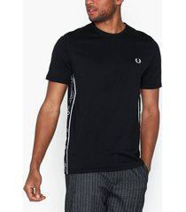 fred perry taped side t-shirt t-shirts & linnen black