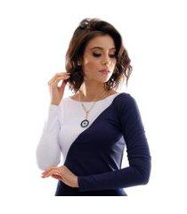 blusa com duas cores azul marinho e branca feminina manga longa decote canoa