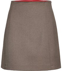 dalila kort kjol grå max&co.