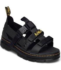 pearson shoes summer shoes sandals svart dr. martens