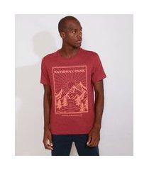 """camiseta masculina manga curta montanhas national park"""" gola careca vinho"""""""
