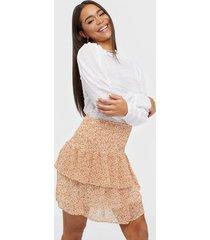 pieces pcanabelle smock skirt bc minikjolar