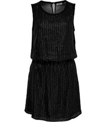 only zwart jurkje met pailletten