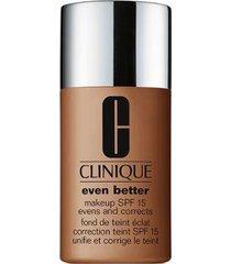 base clinique - even better makeup broad spectrum spf 15 124 sienna