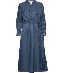 praise dress knälång klänning blå hope