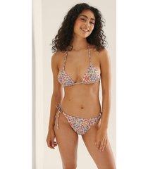 na-kd swimwear bikinitrosa med knytband - multicolor