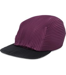 homme plissé issey miyake pleated cap - purple